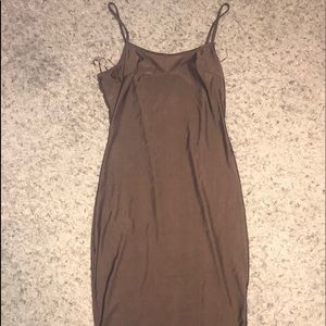 Dresses & Skirts - BROWN SLEEK BODYCON DRESS